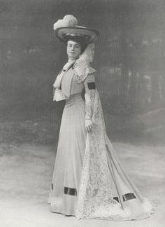 Toilette pour le concours hippique. Modèle de Mme Nicaud, 1904.