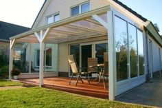 We present you with inspirational patio examples on our page. You can get ideas for designing your own home by looking at the patio examples on our site. Diy Pergola, Porch Veranda, Design Your Own Home, Outdoor Spaces, Outdoor Decor, Glass House, Backyard Patio, Sunroom, Garden Design