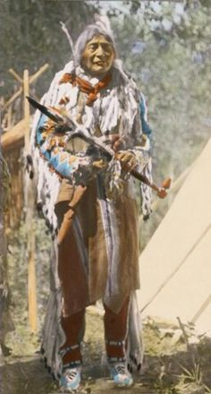 BRINGS DOW THE SUN (SIKSIKA)