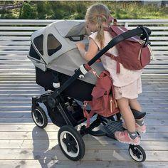 Matching👯💃 digger det @juliehole #miniransel #ransel #nappybag #diaperbag #babybag #stelleveske #stellesekk #itskaos #pusletaske #barselsliv #mammaperm #skötväska #momdaughter #minime #barnesekk #kidsbackpack #barnehagesekk #preschool #daycare