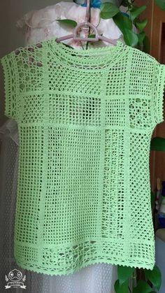 Fabulous Crochet a Little Black Crochet Dress Ideas. Georgeous Crochet a Little Black Crochet Dress Ideas. Black Crochet Dress, Crochet Tunic, Crochet Jacket, Filet Crochet, Crochet Clothes, Crochet Designs, Crochet Patterns, Crochet Summer Tops, Crochet Tops