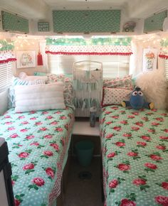 this week's show guests Jeremy Puglisi and Rick Pettit, Mister Sisters of producer Stephanie Puglusi and host Janine Pettit, share their list of gift ideas for Girl Campers. Living Vintage, Vintage Rv, Vintage Caravans, Vintage Trailers, Vintage Travel, Vintage Vans, Vintage Camper Interior, Trailer Interior, Rv Interior