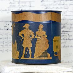 German Cookie tin...  Lebkuchen tin...   by CoolVintage on Etsy