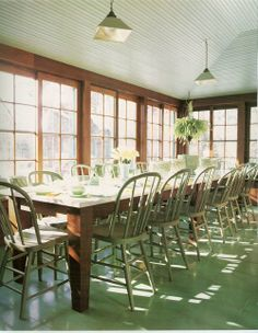 Long Table! How I would love to have this space and to fill it often with friends and family:)