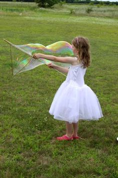 No need to buy 101 little bottles of bubbles this summer. Here's the bubble solution recipe I've been using for years! Giant Bubble Wands, Giant Bubbles, Bubble Solution Recipe, Going Away Parties, Stuff To Do, Fun Stuff, Cool Kids, Diy And Crafts, Flower Girl Dresses