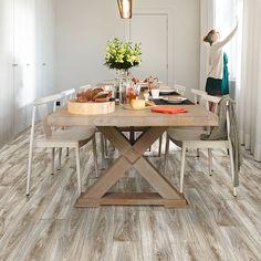 Quattro Vintage matt flooring in Montana Oak.  190.5mm x 1257mm