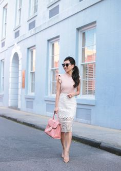 white lace pencil skirt + ruffled top elegant spring outfit // petite fashion blog (shot in Charleston, SC)