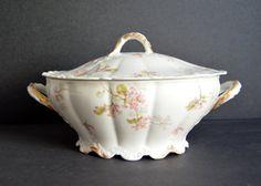 Haviland Limoges Soup Tureen with Lid - MADE IN FRANCE -Antique Large Oval Serving Dish Fine China Vegetable Casserole Bowl Porcelain
