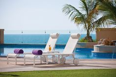 We have the lowest possible rates for 240,000+ hotels in 37,000+ destinations.