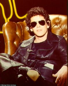 Rock legend Lou Reed dies at 71. Music fans in mourning after The Velvet Underground founder and American icon passed away 27th October 2013