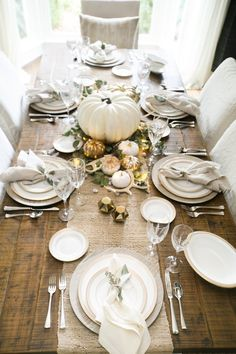 photo/lindsey grace photography  You may not have your menu set in stone at this point, {don't you worry,  I'll be sharing my Thanksgiving menu with you next week}but, you still  need a place for everyone to gather on the big day. I have created a  simple, elegant table that is so easy to do and the best part is, it's a  really inexpensive look to re-create on your own table.  photo/ Lindsey Grace Photography   DIY PUMPKINS  Don't get rid of those little orange pumpkins you had displayed…