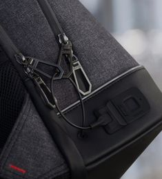 Agazzi Pro backpack is unlocked with a fingerprint