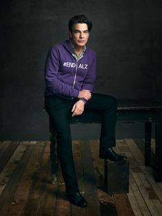 """""""My mother had Alzheimer's disease for nearly 20 years. It tears the seams of the family to the breaking point."""" - Peter Gallagher, Alzheimer's Champion #ENDALZ"""