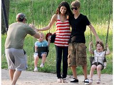 Justin Bieber and Selena Gomez in Canada with Justin's Brother And Sister