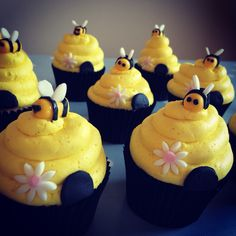 Today's creation. #NinaVictoriaCupcakes