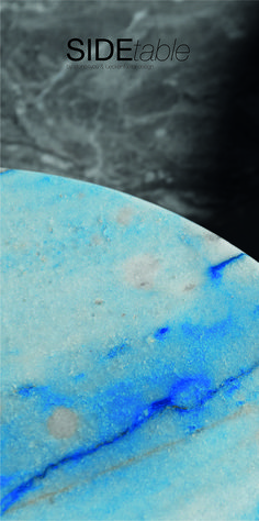 Detail einer blauen Marmorplatten aus der SIDEtable-Serie. Gemeinsam mit stone4you haben wir diese Tische gestaltet. In ganz unterschiedlichen Farben erhältlich! Steinmetz, Convenience Store, Marble Top, Tables, Natural Stones, Colors, Convinience Store