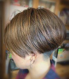 Short Hair Back, Asian Short Hair, Short Hair Cuts, Short Hair Styles, Side Cut Hairstyles, Short Wedge Hairstyles, Shaved Nape, Bowl Cut, Great Hair