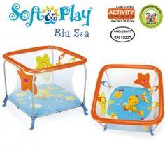Nôi chơi Brevi Soft & Play AC Blue Sea với thiết kế hình vuông rất độc đáo, cho bé 1 không gian chơi đùa rộng rãi và lí tưởng.