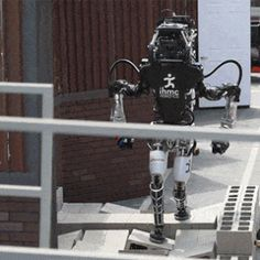 Collaboration Between Humans and Machines Is Key at DARPA's Robot Challenge | MIT Technology Review