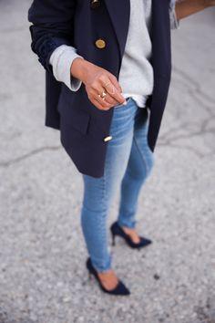 Sheryl Luke | @walkinwonderland | www.walkinwonderl... // accessorizing with Wanderlust + Co jewelry