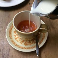 Tea, Coffee, and Books: Photo Waffle, Me Time, Cookies Et Biscuits, Tea Party, Tea Cups, Food And Drink, Breakfast, Tableware, Sweet