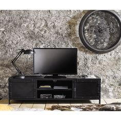 Industrial-style TV lowboard made of black metal Maisons du Monde - Lilly is Love Industrial Tv Unit, Metal Industrial, Industrial Clocks, Industrial Living, Industrial Style, Industrial Design, Dining Sofa, Dining Room Bench Seating, Teen Furniture