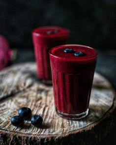 "1,790 Likes, 49 Comments - Anjali (@bakesalotlady) on Instagram: ""Gloomy weather days are here, so I added a pop of colour to my day with the berry beet smoothie!…"""
