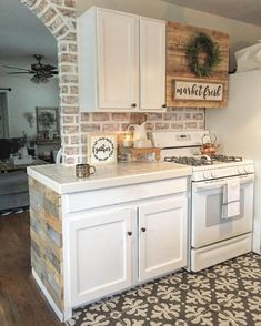 Looking for for pictures for farmhouse interior? Check out the post right here for perfect farmhouse interior ideas. This kind of farmhouse interior ideas will look absolutely fantastic. Small Farmhouse Kitchen, Farmhouse Kitchen Cabinets, Farmhouse Interior, Modern Farmhouse Kitchens, Kitchen Redo, New Kitchen, Home Kitchens, Farmhouse Style, Kitchen Backsplash