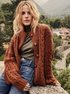 In a baby alpaca blend, the Dôen Skye Cardigan is the coziest option for curling up in on chilly winter days. Novelty cables and st… Indie Outfits, Earthy Outfits, Style Outfits, Fall Fashion Outfits, Casual Fall Outfits, Boho Outfits, Cute Outfits, Boho Fashion Winter, Indie Fashion