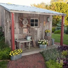 Garden shed. Outdoor living. Flowers