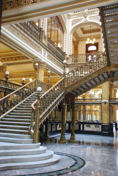 Palacio de Correos de Mexico - My favorite building in Mexico City