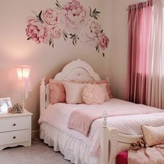 Peony Flowers Wall Sticker, Mixed Pink Watercolor Peony Wall Stickers - Peel and Stick Removable Stickers Cute Bedroom Ideas, Girl Bedroom Designs, Girls Pink Bedroom Ideas, Pink Vintage Bedroom, Room Decor For Girls, Vintage Girls Rooms, Pretty Bedroom, Teen Girl Bedrooms, Little Girl Rooms