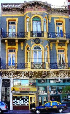 CAFÉ SAN BERNARDO. (VILLA CRESPO. BUENOS AIRES)