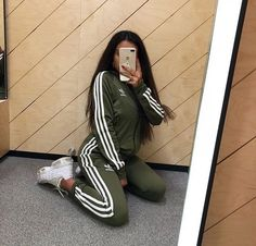 BOOK PHOTOS Manel # Women You are in the right place about adidas outfit 2019 Here we Chill Outfits, Sporty Outfits, Swag Outfits, Mode Outfits, Trendy Outfits, Fashion Outfits, Fashion Hair, Sporty Style, Ladies Fashion