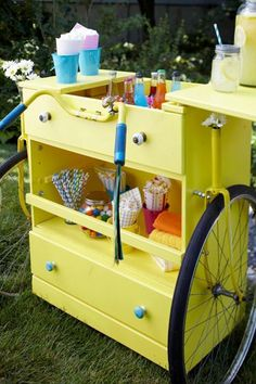 fun portable cart for holding treats, drinks, food and other goodies Upcycled Crafts, Repurposed, Kids Lemonade Stands, Pop Up, Yellow Dresser, Old Dressers, Small Dresser, Outdoor Entertaining, Decoration