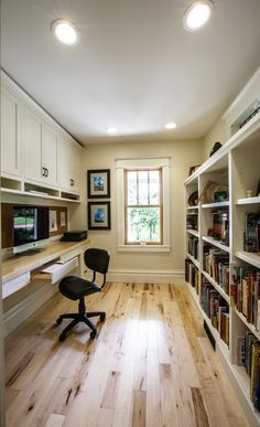 The combination of light wood floors, white painted shelving and plenty of natural sunlight make this small office space feel open and airy. Built-in bookshelves also provide added storage. White Farmhouse Exterior, Modern Farmhouse Kitchens, Farmhouse Design, Coastal Master Bedroom, Bedroom Decor, Indoor Date Ideas, Hygge, Feng Shui, Farmhouse Remodel