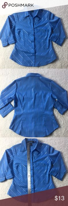 Cotton Express Women's Blue Career Shirt Size M Blue women's Career shirt from Cotton Express. Size medium. Perfect for work!! Great condition!  See pictures for measurements.   Make me an offer! Cotton Express Tops Button Down Shirts