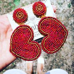 Seed Bead Jewelry, Seed Bead Earrings, Heart Jewelry, Seed Beads, Beaded Jewelry, Handmade Jewelry, Diy Earrings Dangle, Crochet Earrings, Heart Diy