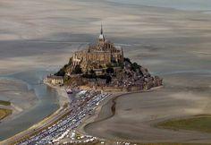 世界遺産 モンサンミッシェル モンサンミッシェルとその湾の絶景写真画像ランキング (フランス)  Translation: Mont-Saint Michel on France's northern coast.