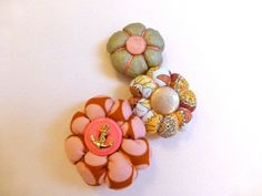 Japanese flowers brooch / Handmade