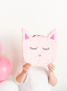 Because every kitty cat should have a heart shaped nose and long eye lashes! ;) Now that I have my own little Claire, I've been dreaming up party concepts that are girly in the funnest ways possible. I decided to take a step a bit outside my comfort zone and make something a little different …