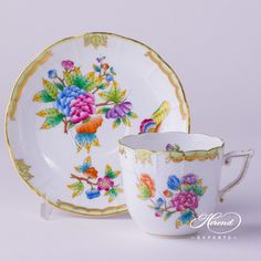 Herend porcelain Coffee Cup with Saucer – Herend Queen Victoria VBO pattern. You will receive the followings: 1 pc – Coffee Cup – vol 2.0 dl (6.7 OZ) 706-2-00 VBO – Multicolor 1 pc – Saucer – diam 14.5 cm (5.7″D) 706-1-00 VBO – Multicolor Total: 2 pieces Herend porcelain items The most famous classic Herend pattern since 1851. Herend Queen Victoria VBO decor painted in Peony Flowers and Butterflies. Coffee Cup … Vintage Coffee Cups, Vintage Cups, Fine China Dinnerware, China Cups And Saucers, Crystal Glassware, Chocolate Cups, Tea Cup Saucer, Cool Things To Make, Tea Pots