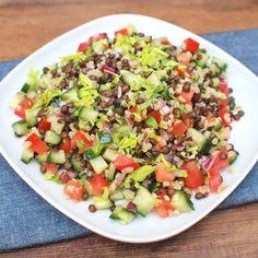 Zobrazit Čočkový salát s bulgurem receptů Cobb Salad, Potato Salad, Salsa, Food And Drink, Potatoes, Ethnic Recipes, Bulgur, Potato, Salsa Music