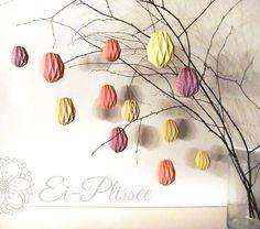 3d Easter eggs 3d paaseieren Plissee_an_Zweig