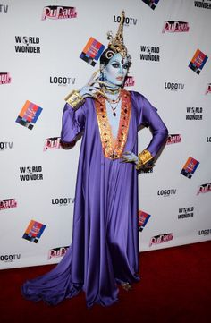 Now THIS is a red carpet! Rupaul's Drag Race Season 5 Reunion & Coronation