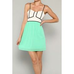 Summer Lovin' Dress in Mint