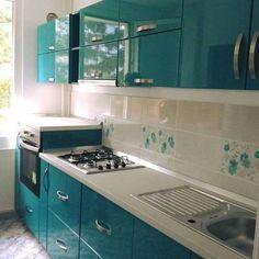 Modern Home Decor Kitchen Kitchen Cupboard Designs, Kitchen Room Design, Home Room Design, Modern Kitchen Design, Home Decor Kitchen, Interior Design Kitchen, Moduler Kitchen, Bedroom Cupboard Designs, Modern Kitchen Interiors