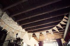 Vintage wedding decorations via The Velvet Bow, bunting