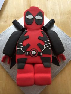 deadpool cake - Google Search                                                                                                                                                     Más