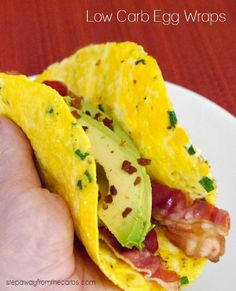 Low Carb Egg Wraps - 0.4g net carbs per wrap plus fillings!